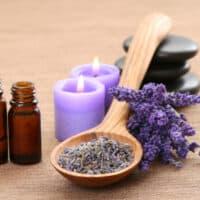 Gli aromi e l'umore: ecco 5 consigli di aromaterapia
