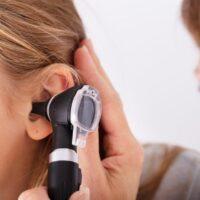 Come funziona l'apparecchio acustico? Ecco una piccola guida