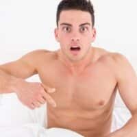 Micropene eretto: cos'è, quali sono le cause e i rimedi possibili