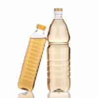 Le proprietà dell'aceto: gli usi in ambito estetico e per le pulizie domestiche