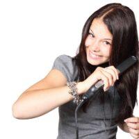 Piastre per capelli: tipologie e caratteristiche distintive